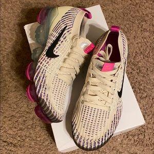 Womens Nike Vapormax Flyknit 3